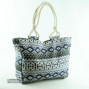 dcaac0826e0 Плажна чанта с елегантен дизайн със свежа украска с мотиви затваряне с цип
