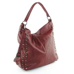 Дамска чанта тип торба с метални орнаменти и опушен ефект червена