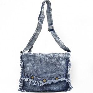 Дънкова дамска чанта за през рамо евтина лека и практична среден размер 0192883