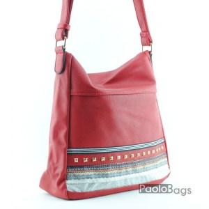 Евтина дамска чанта за през рамо червена с етно мотивеи 18284