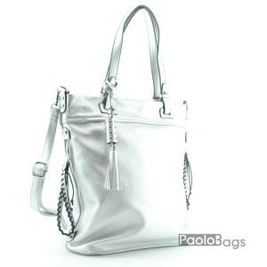 Сребърна дамска чанта със странични разширители и висулки 18311