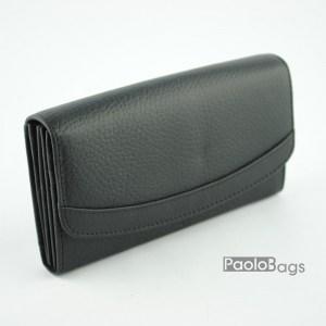 Дамско портмоне от естествена кожа със заоблен капак черно 20363