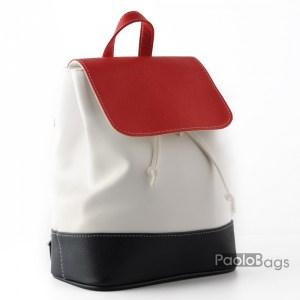 Дамска раница кожена бяла компактна с приятна комбинация със синьо и червено произведена в България